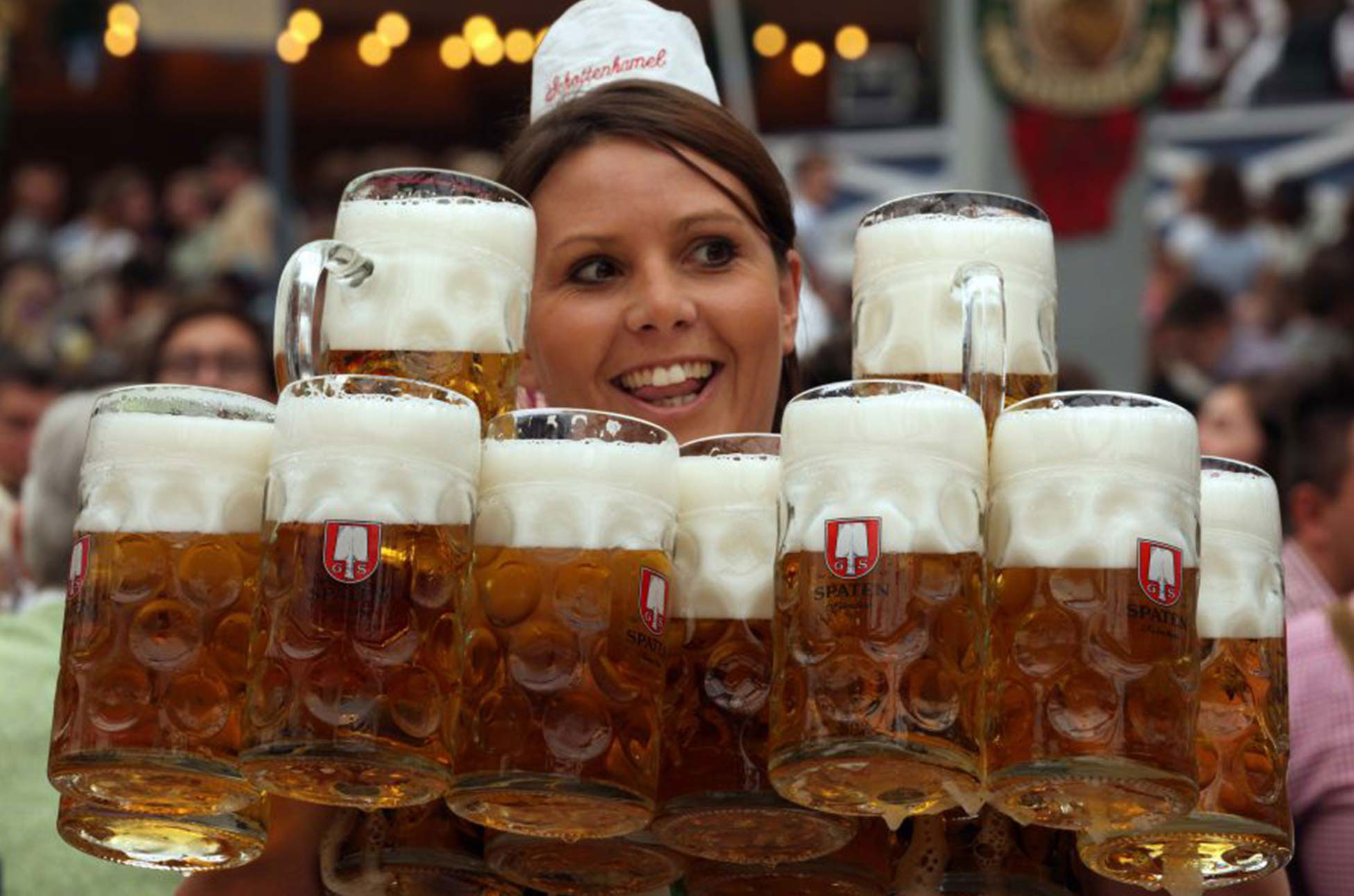 Oktoberfest Festhalle Schottenhamel - Event-Paket des Hotel Admiral, München